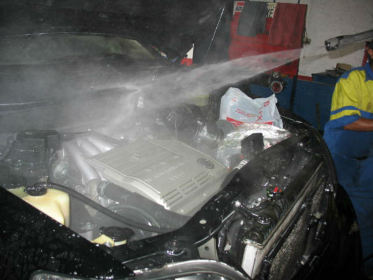 engine pressure washing
