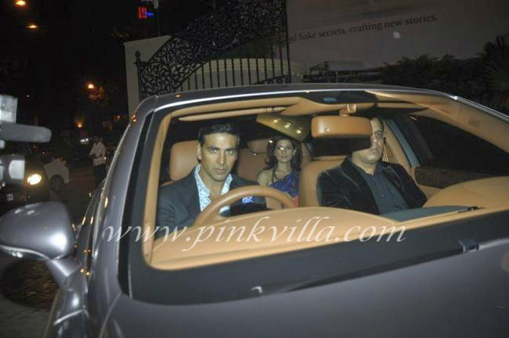 Akshay-Kumar-in-his-Bentley-Continental-Flying-Spur