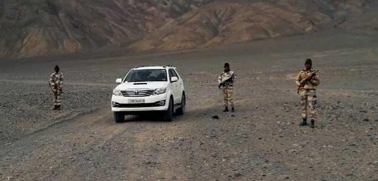 Toyota Fortuner & Ford Endeavour SUVs pressed into border duty