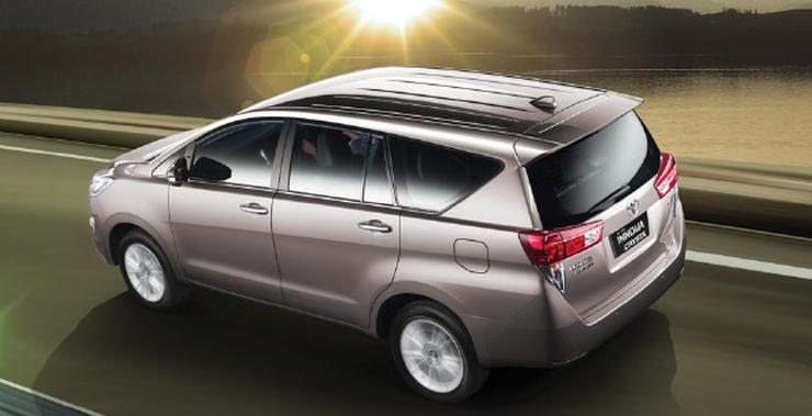 Toyota Innova Crysta 40