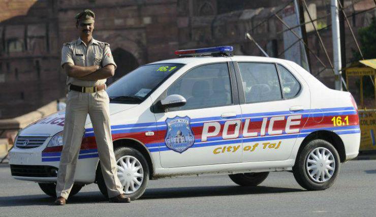 Agra-Tourist-Police