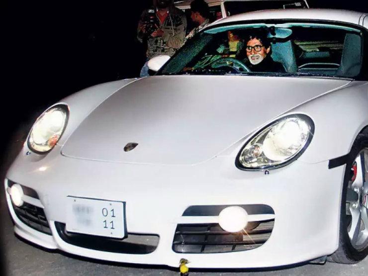 amitabh-bachchan-in-a-Porsche-Cayman