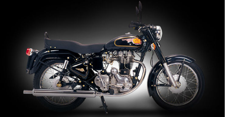 Royal Enfield Bullet rider fined for not wearing seatbelt in Goa