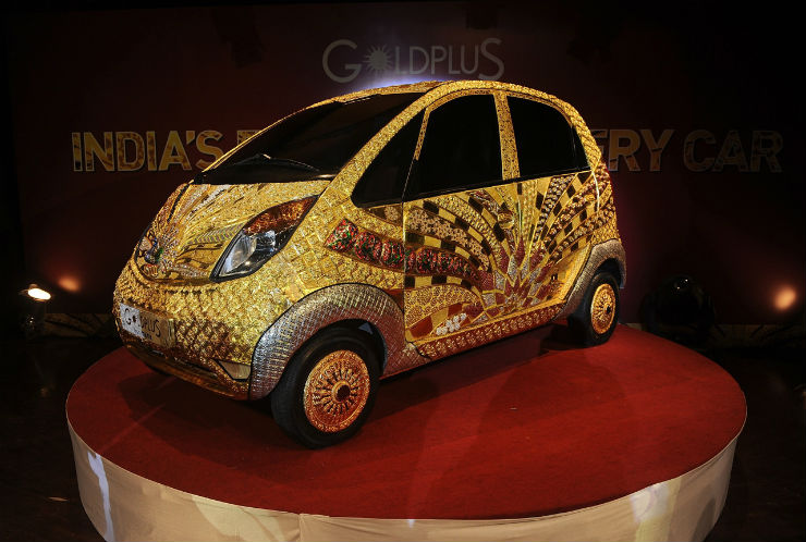 0000-tata-nano-gold-plus