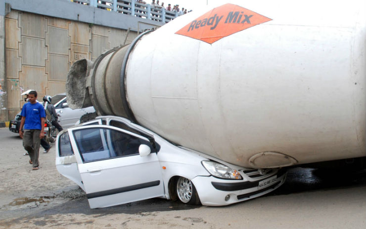Ten dangers on India's roads that can get you into an accident, or worse, get you killed!