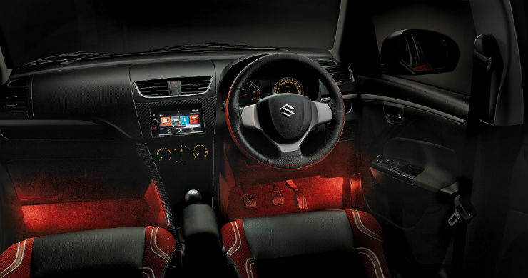 Maruti Suzuki_Swift_dashboard_light (1024x538)