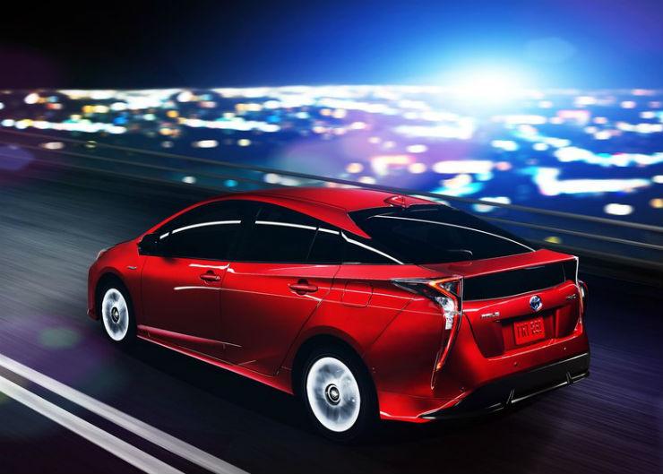 Toyota-Prius-2016-800-3c