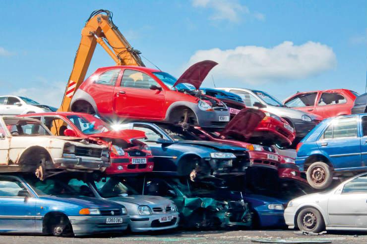 cloned-cars-scrap-yard