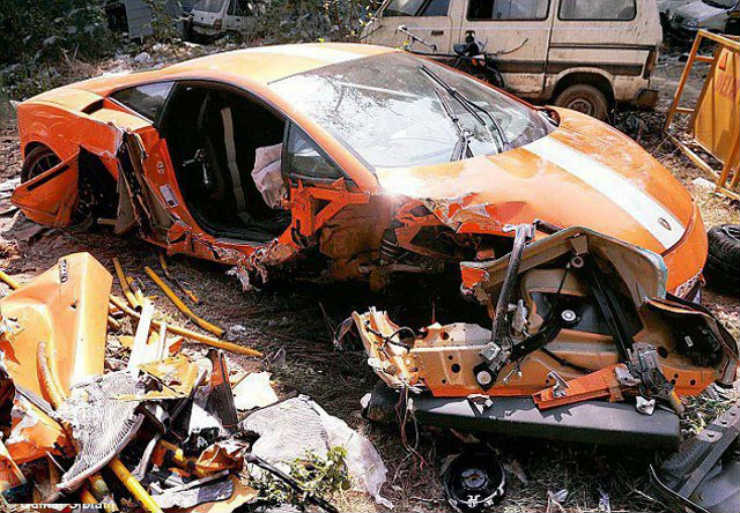 India S Biggest Supercar Crashes This Is Why Supercars Need Special