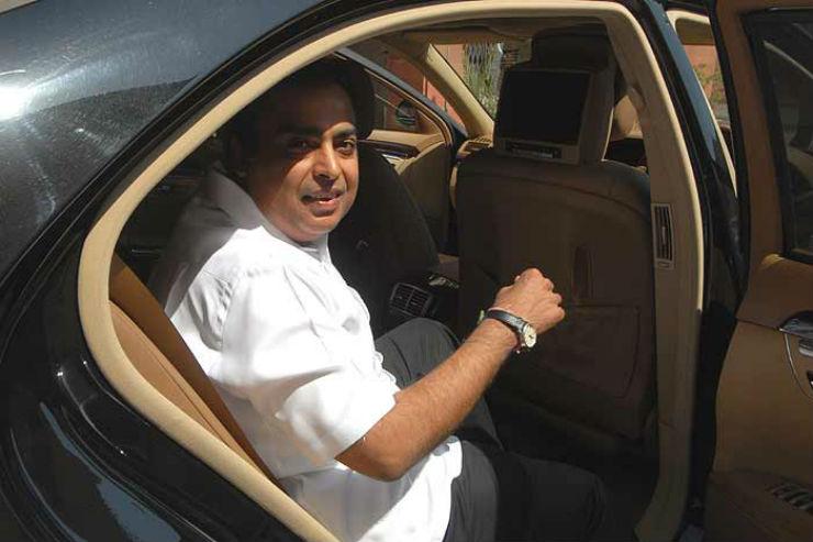 mukesh_ambani_20111017
