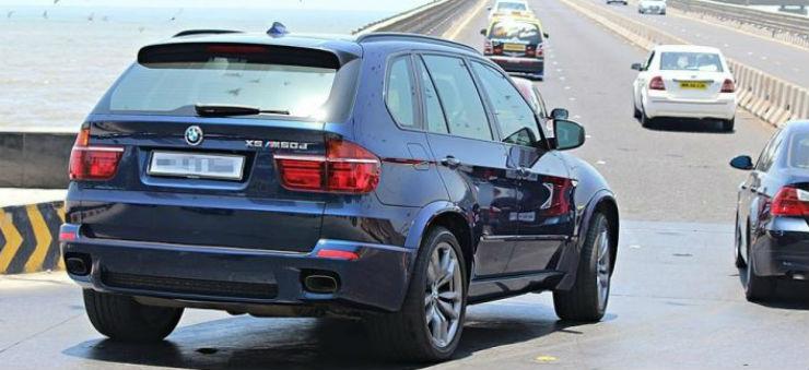 BMW-X5-M50d-sachin-720x446