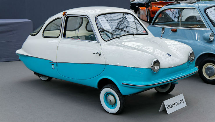 Paris_-_Bonhams_2014_-_Attica_200_Micro_Car_-_1967_-_002