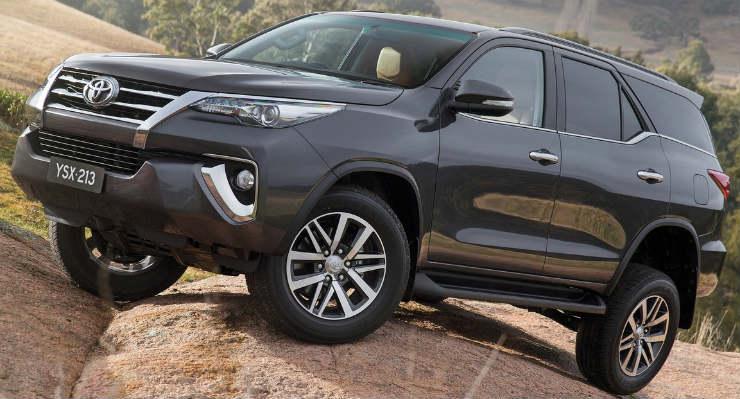Toyota-Fortuner-2016-1280-01