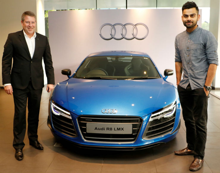 Joe King Head Audi India delivers the limited edition Audi R8 LMX to Ace Cricketer virat Kohli 1