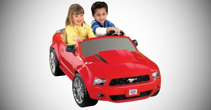 Gifts and toys guaranteed to make kids car enthusiasts