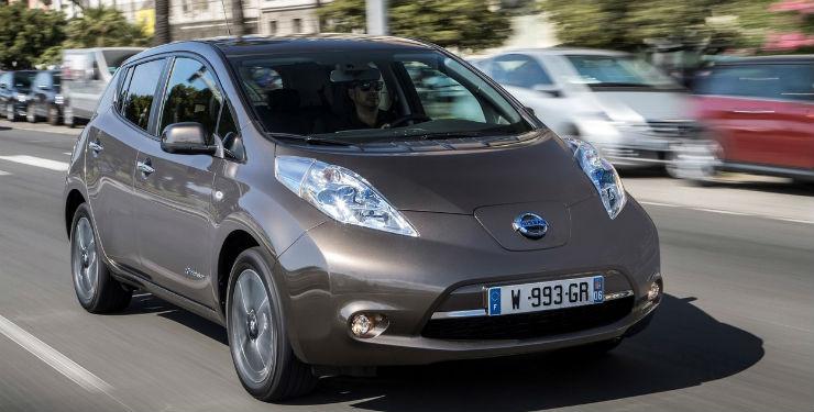 Nissan-Leaf_30_kWh-2016-1280-09
