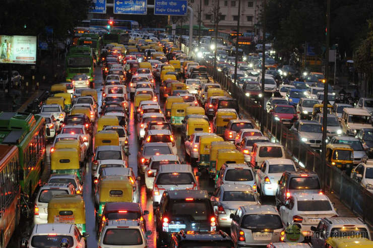 Rs. 200 crore drained during traffic jams
