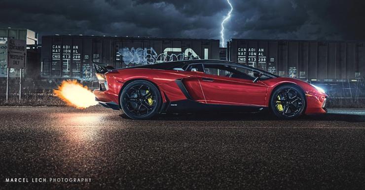 Lamborghini Aventador throwing flames