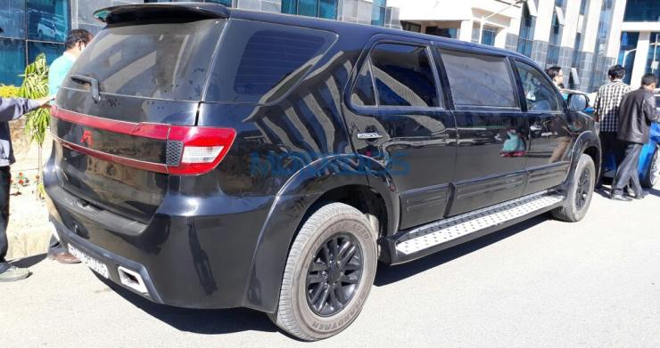 Toyota Fortuner Limousine 2
