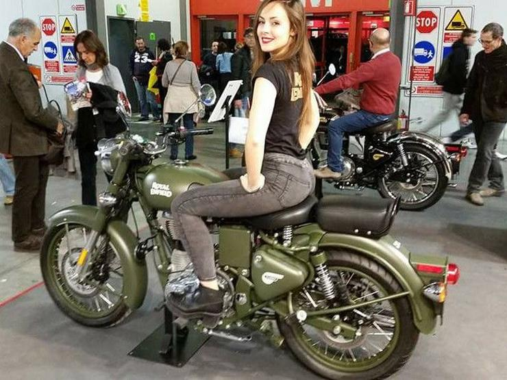 Royal Enfield Classic 500 with ABS and rear disc brake
