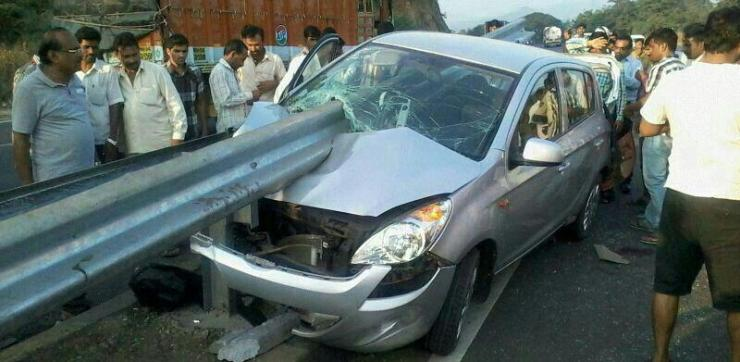 i20 Guard Rail Crash