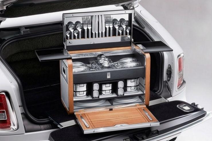 Rolls Royce picnic