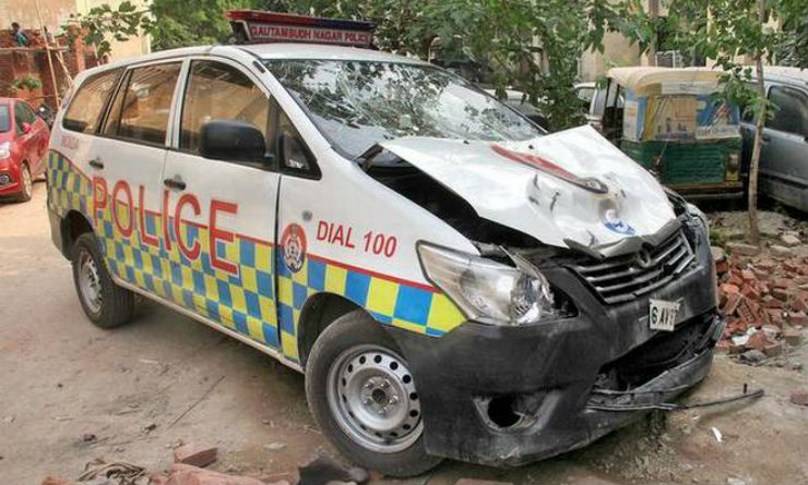 Police car knocks down bikers; Escapes: Caught on CCTV