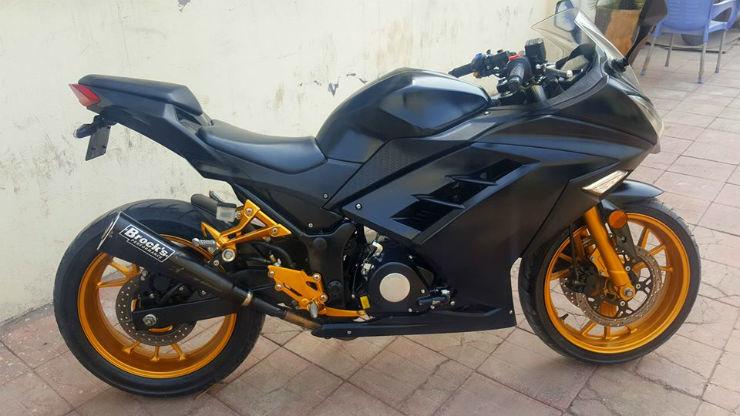 Kawasaki Ninja 300_1