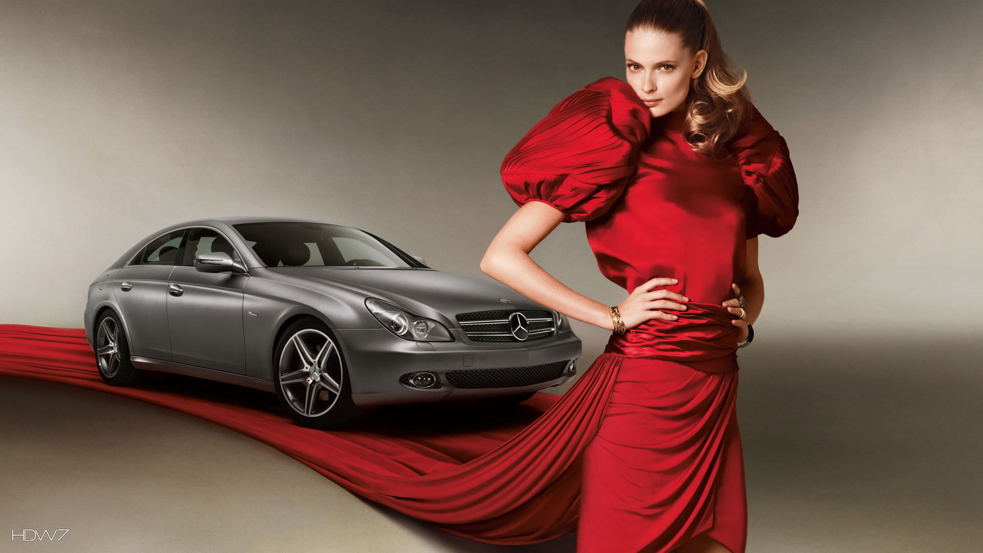 Mercedes Benz glamour: Photo Gallery
