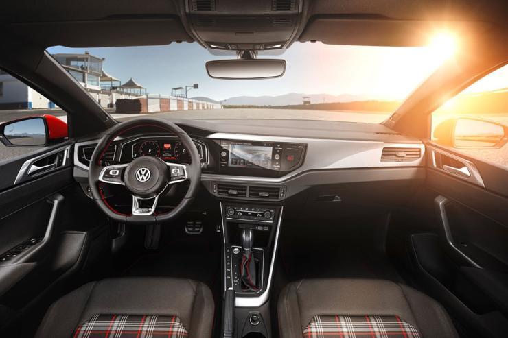 2018 Volkswagen Polo 4