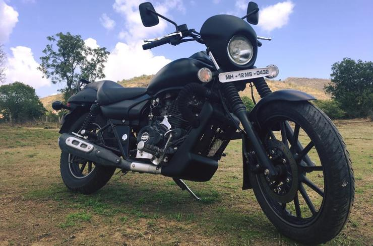 Autologue Design's finished Avenger Bruise looks very similar to the Harley Davidson Street