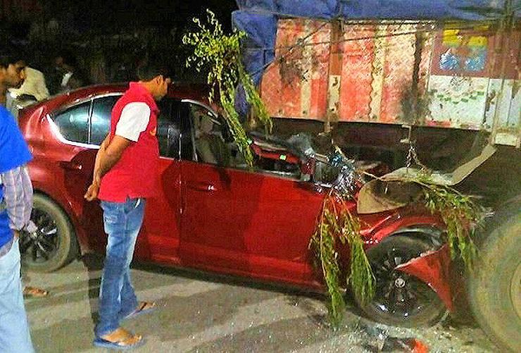 Bharath Raju Skoda Octavia Crash Hyderabad 1