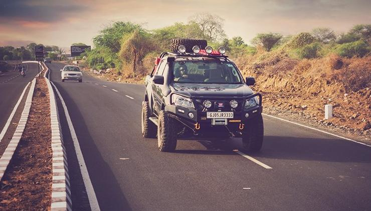 Isuzu V-Cross Modified 5