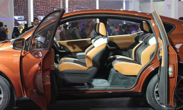 Mahindra-XUV-Aero-Interiors-Door