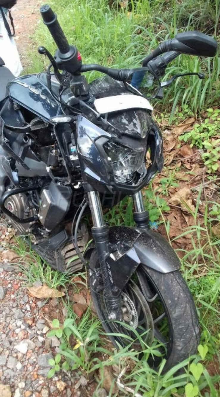 bajaj-dominar-crash-1
