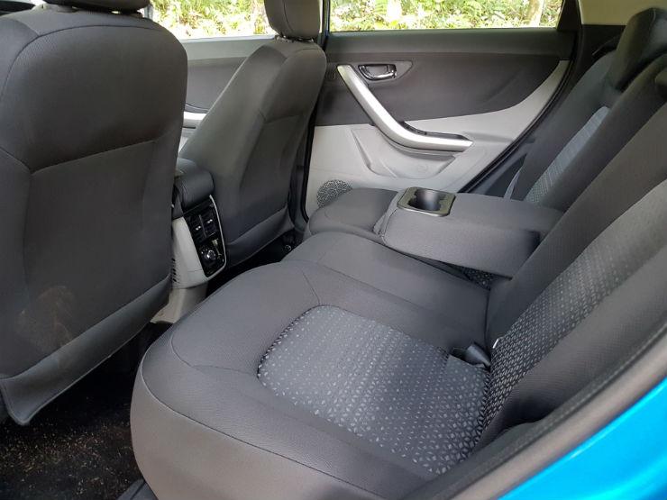 Nexon_rear seat