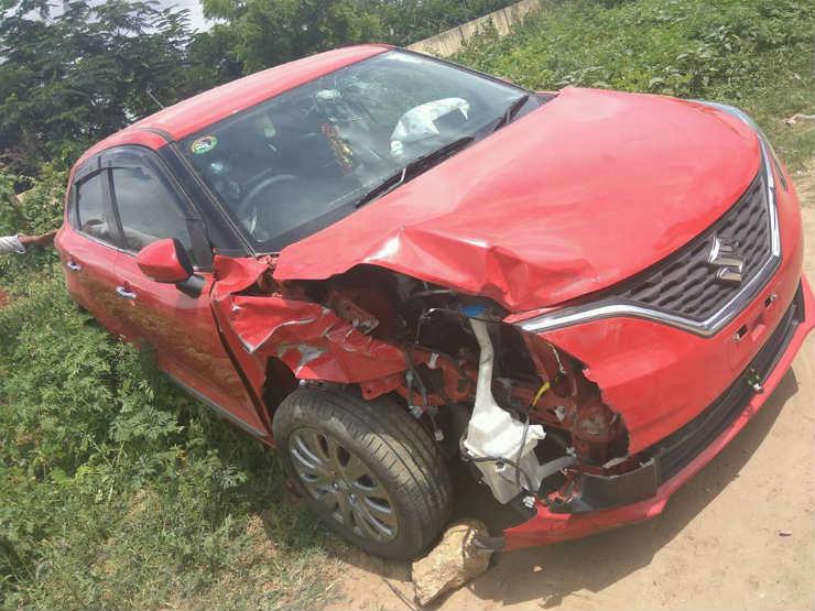 Maruti Baleno hits Mahindra XUV500 head-on: Here's the result