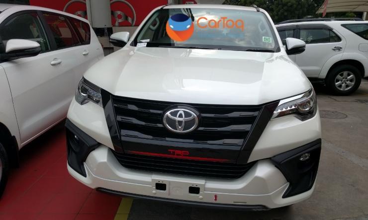 2017 Toyota Fortuner TRD SUV 1