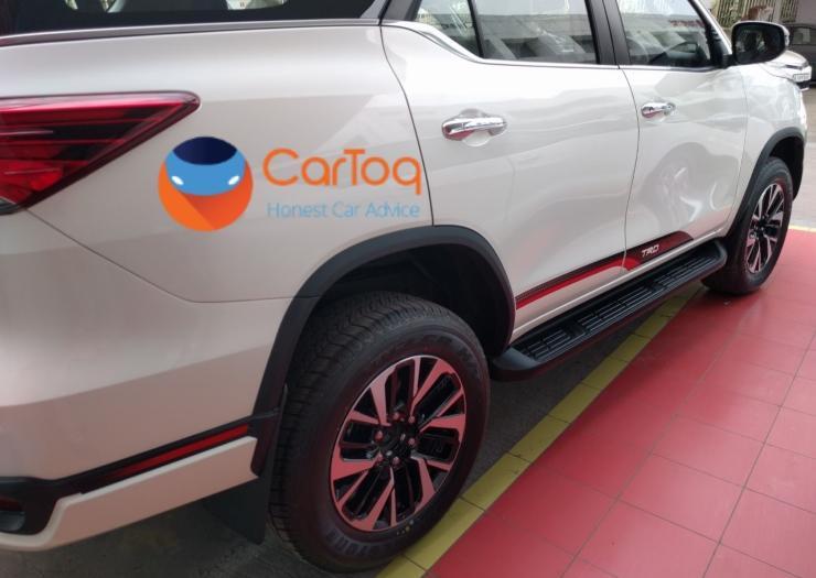 2017 Toyota Fortuner TRD SUV 2