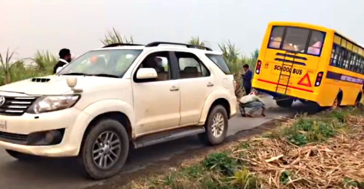 Toyota Fortuner rescuing much BIGGER vehicles: A video compilation