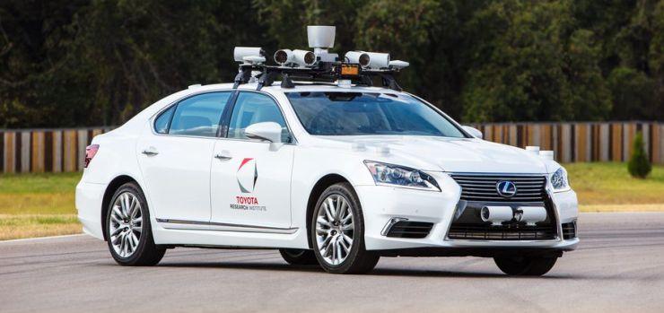 Toyota's Lexus 600L Autonomous Car 1