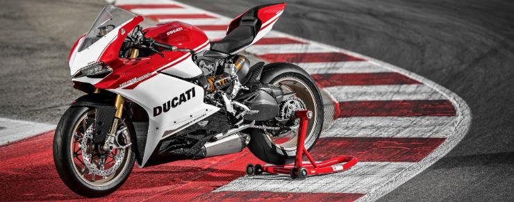 ducati-1299-panigale-s-3840x2160-superbikes-4k-ducati-2215