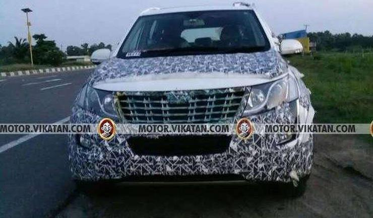 2018 Mahindra XUV500 Facelift: Brand new spyshots reveal more