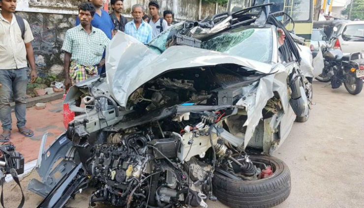 India S First New Skoda Octavia Vrs Crash 21 Year Old