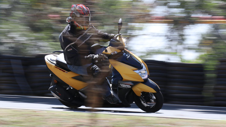 TVS NTORQ 125: Picture gallery & details of Honda Activa / Grazia rival