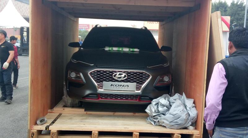 hyundai kona 39 ironman edition 39 suv spied in india ahead of auto expo reveal. Black Bedroom Furniture Sets. Home Design Ideas