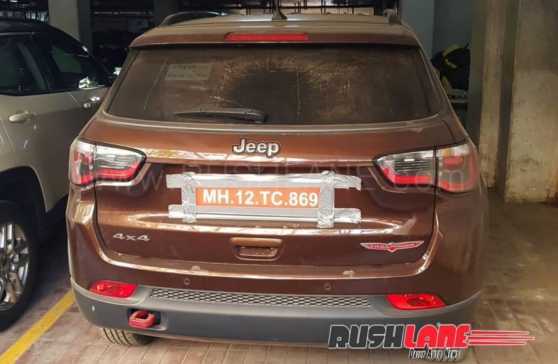 Jeep Compass Trailhawk SUV spied in India; Launch soon