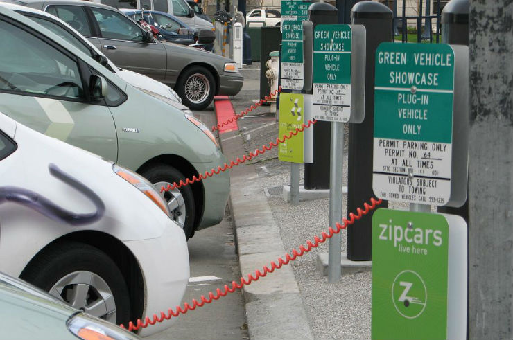 Bengaluru to get electric vehicle charging points across the city