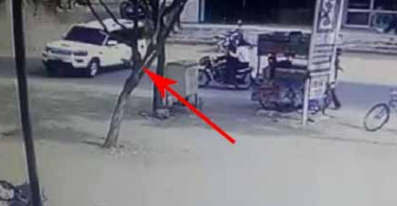 (CCTV) Speeding Mahindra Scorpio crashes into bikers in SCARY hit & run accident