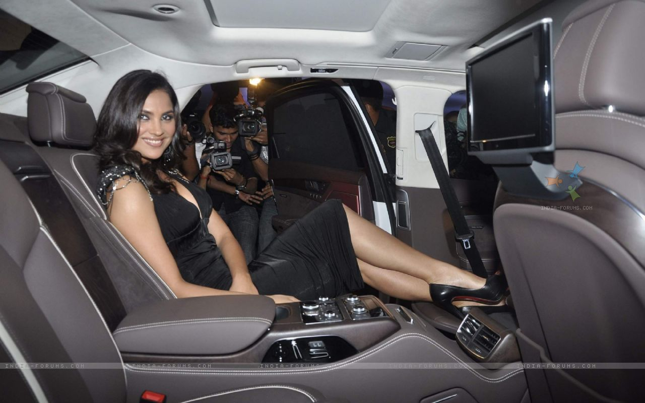 cars owned by lara dutta audi a8 l